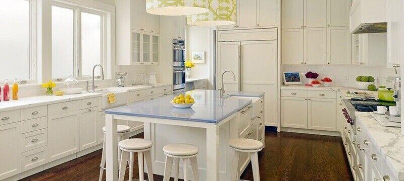 白色纯情:别墅简约厨房装修设计效果图