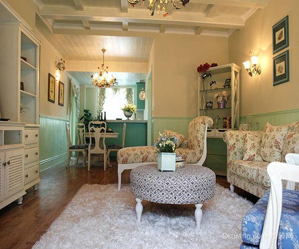 客厅茶几上摆什么样的装饰品好