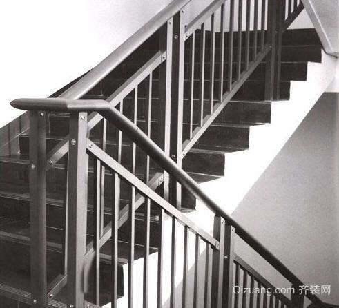 不锈钢楼梯扶手.JPG