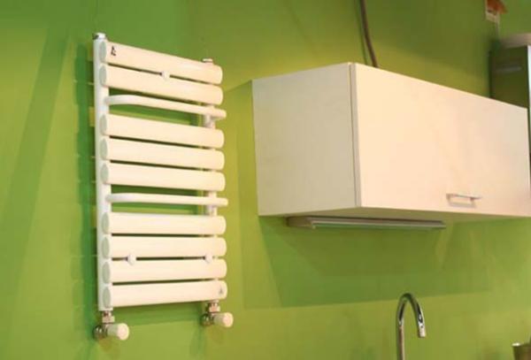 卫浴散热器安装注意事项