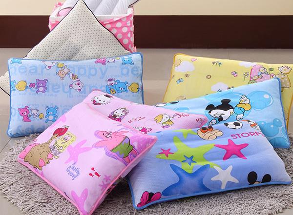 多喜爱儿童枕头