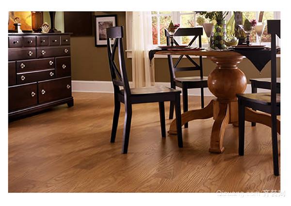 怎样使木地板看起来光亮如新
