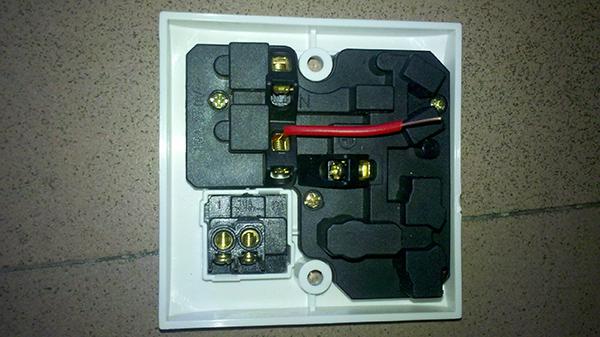 插座的安装方法