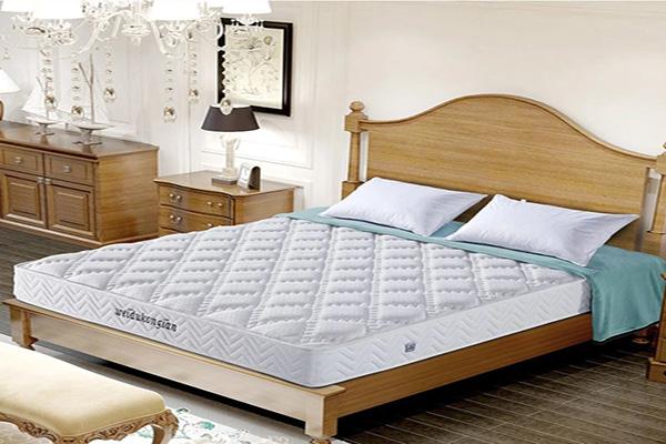 如何保养床垫 床垫保养的误区有哪些