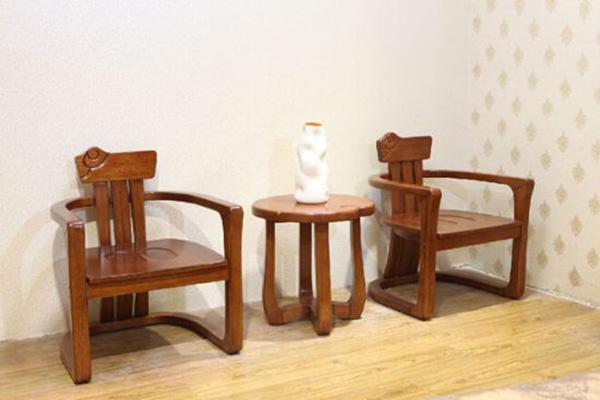 橡木家具的优点