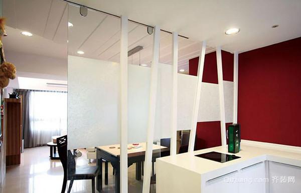 室内隔断装修效果图 几根造型简单的立柱加上玻璃门