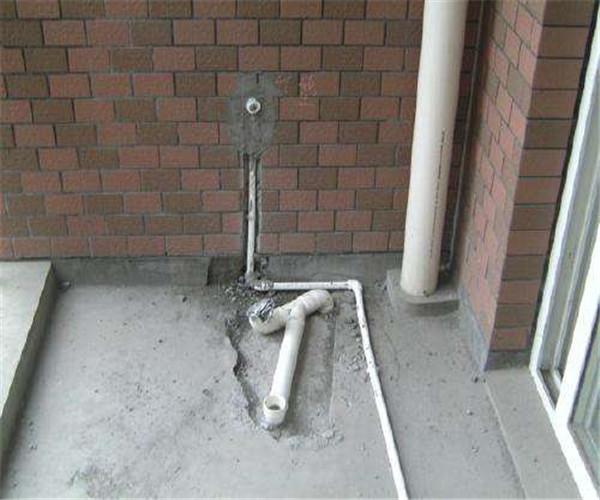 卫生间水管铺设完成时