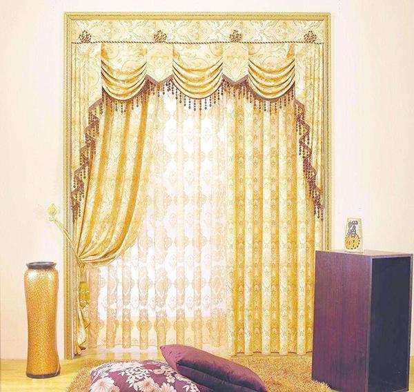 窗帘的配色