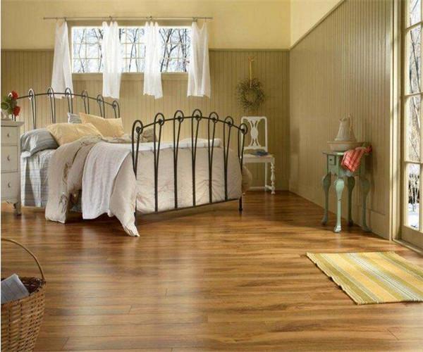 实木复合地板铺贴