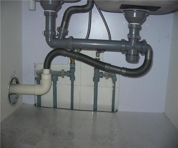 水管管道固定