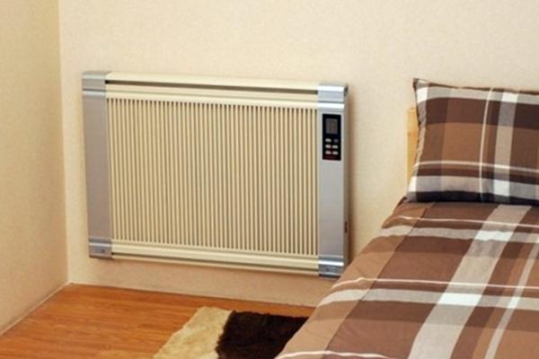 美的电暖气使用