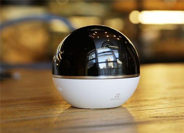 萤石智能摄像机