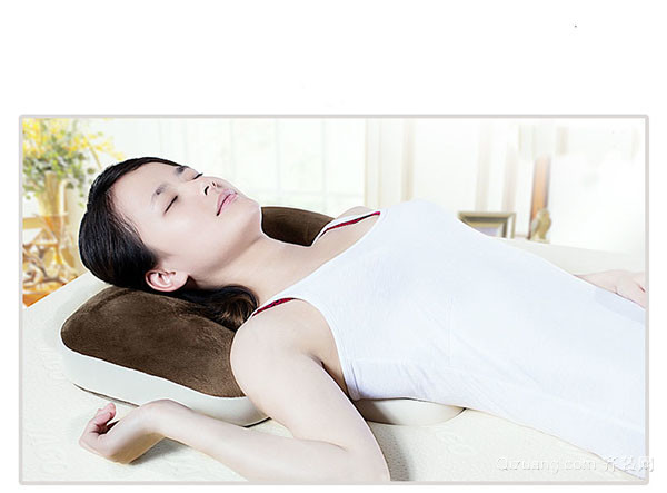 睡觉不用枕头的坏处