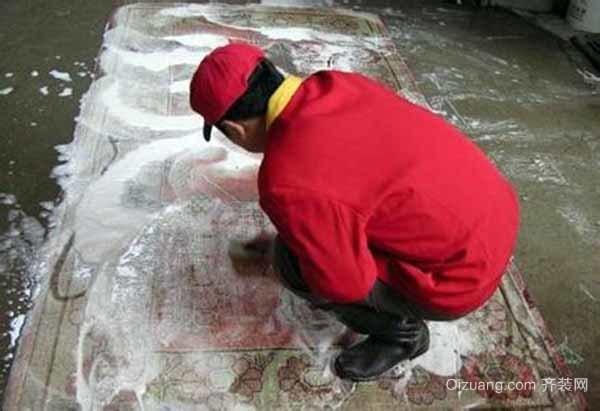 地毯湿洗清洗步骤