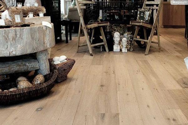 环保强化木地板选购技巧 新技能get!