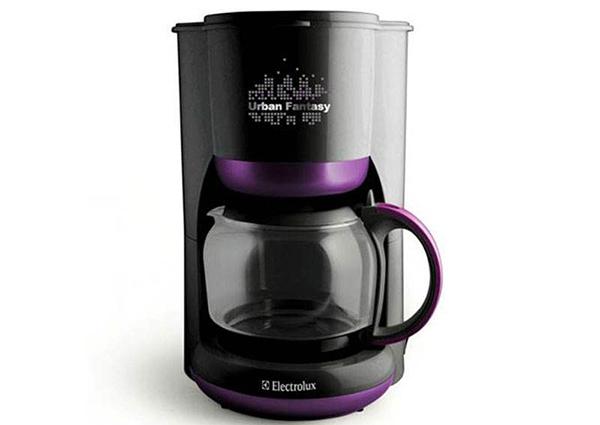 依莱克斯咖啡机 让你喝出更纯的咖啡