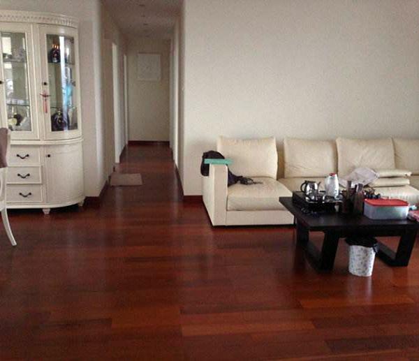 防水复合地板的选购方法