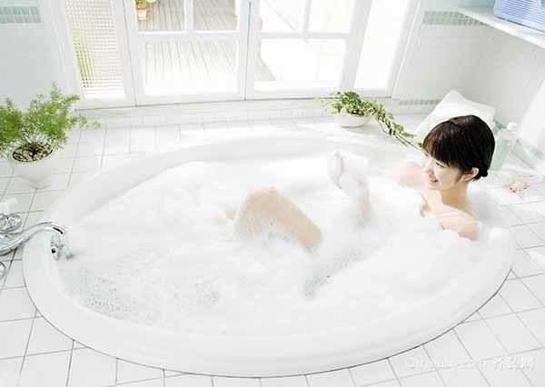 按摩浴缸使用注意