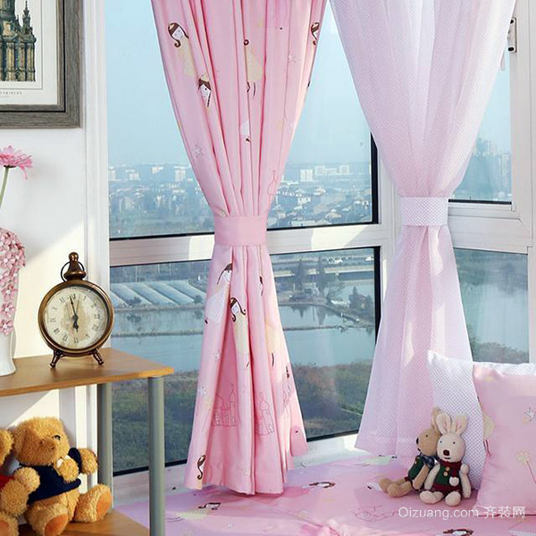 四,窗帘风格有哪些 --美式窗帘风格 虽然美式传承了一些欧式的元素