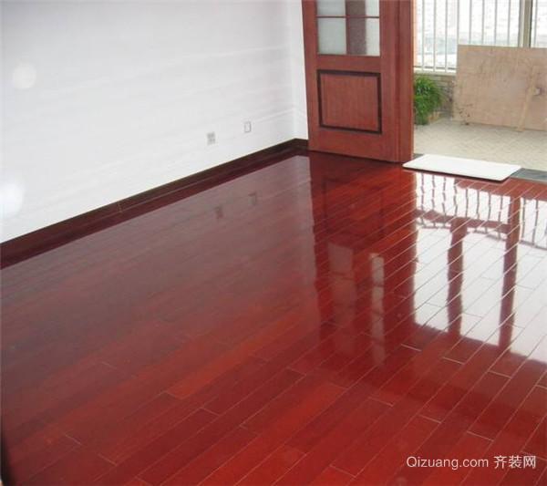 木地板打蜡价格 二、木地板打蜡价格 木地板打蜡价格是多少?具体木地板打蜡的价格还需要对木地板品种、打蜡要求、打蜡面积等多方面因素来决定,相对来说价格并不是很高,人们可以请专业的人员上门打蜡,也可以在掌握方法和买好材料之后自己在家里动手施工打蜡,反正不管是怎么样做都是可以的,只要将木地板的蜡打上了,让木地板能够呈现光泽亮丽的状态,不影响正常功能即可。