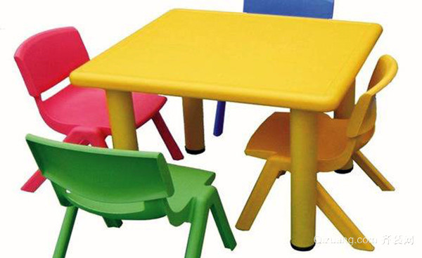 儿童桌椅选择