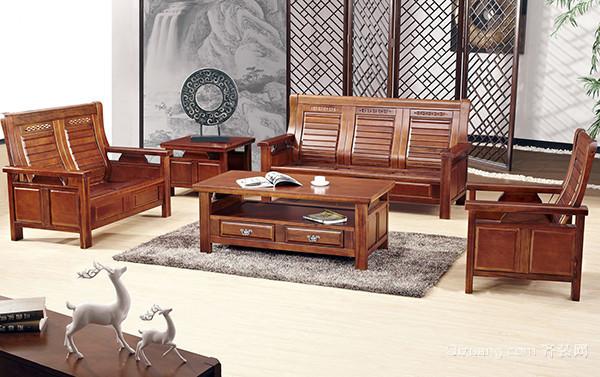 中式实木沙发选择要领 比床还舒适