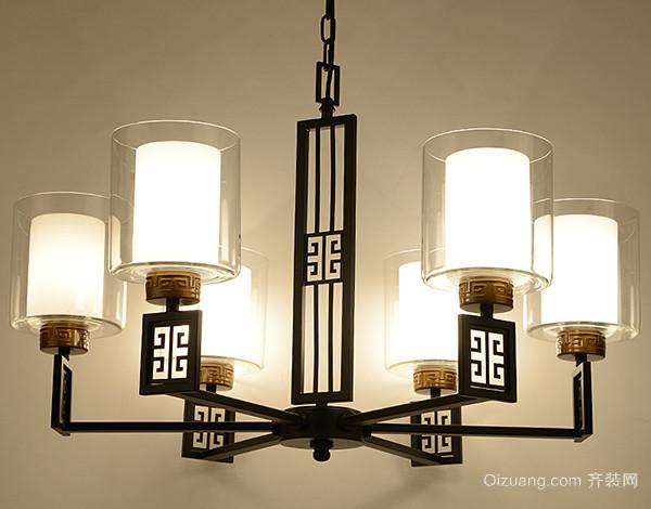 新中式灯具主要是搭配传统中式风格的家具,例如高凳,门窗,圈椅等,并