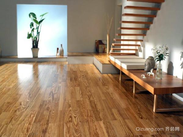 四,如何正确保养实木地板--经常打蜡 铺设完毕后,最好及时打蜡.