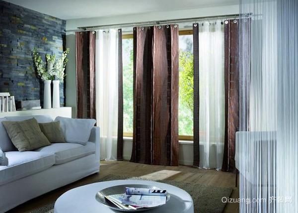 老人住的房子窗簾應該以沉穩典雅為主,而年輕人的家居或者兒童房的