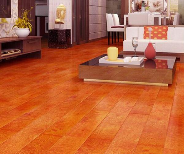 选择地暖对木地板的影响