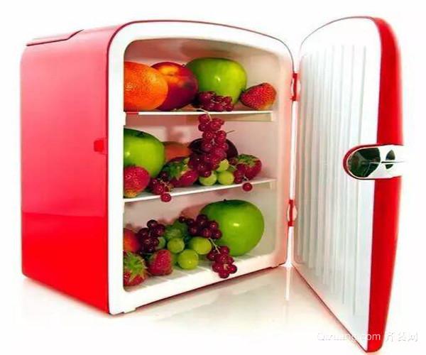 小冰箱如何选购