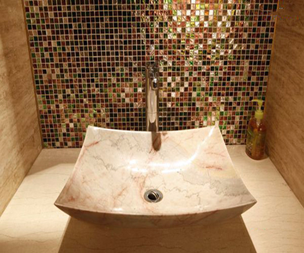 瓷砖洗手池