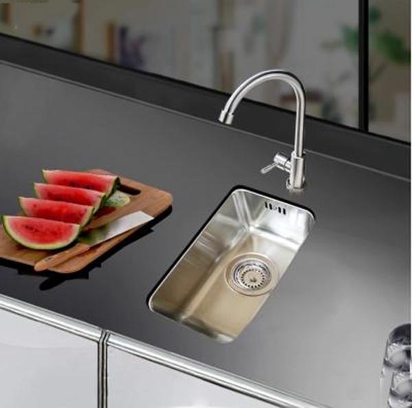 摩恩水槽沥水篮清洗方法 让厨房更清洁