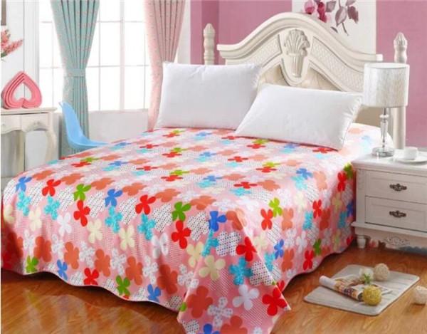  床上用品上的油污怎么清洗好 有哪些方法呢