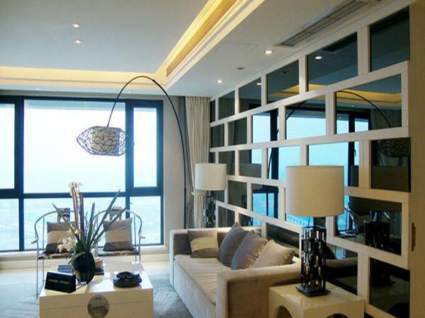 客厅背景墙美化