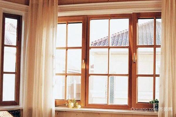 我们在选择窗户的时候,也要看它的密封是否牢靠,查看窗户与其边框和