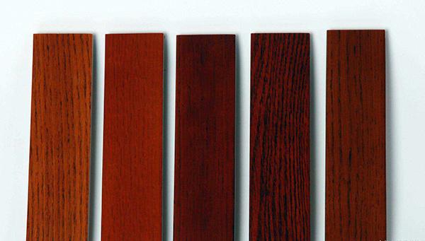 三招辨别红橡木和白橡木的区别
