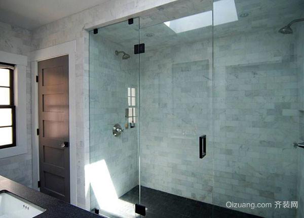 清洁浴室玻璃门水渍