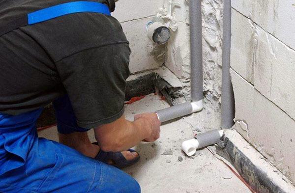 墙体内水管漏水解决方法