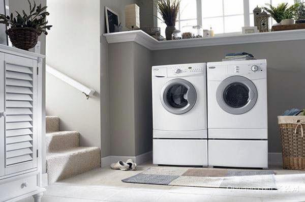 三种家用电器的位置应该怎么放