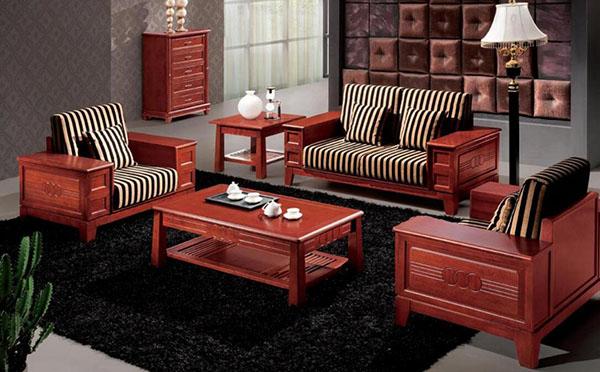 选购实木沙发的方法