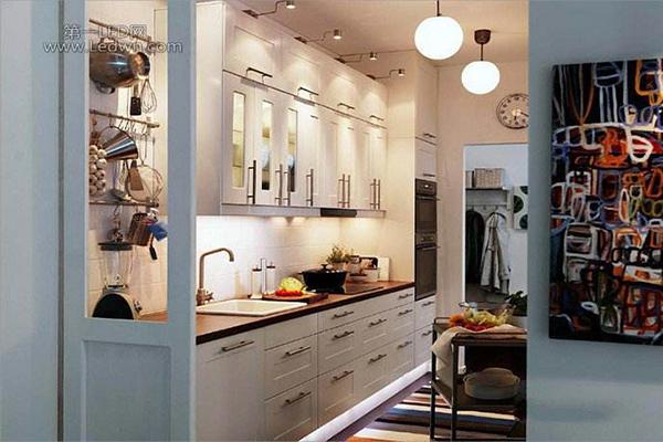 住宅烟道分类简析 助力厨房排烟更顺畅