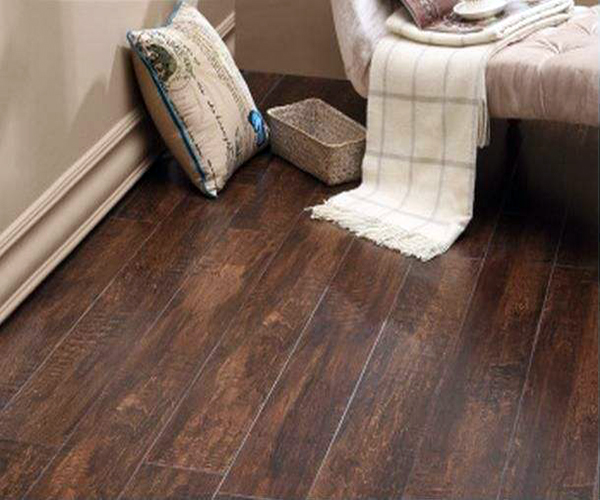 地暖铺地板有什么优缺点 你知道吗