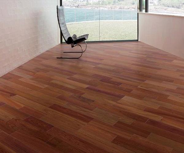 自发热地板多少钱一平方 价格贵吗
