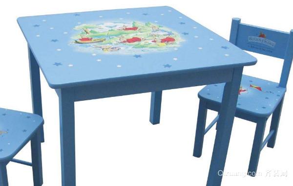 儿童桌椅选购要看哪些方面