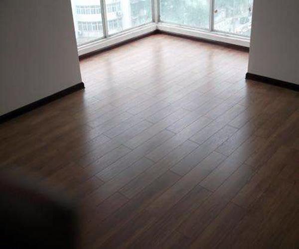 软木地板漆的优缺点