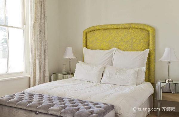 卧室床怎么搭配