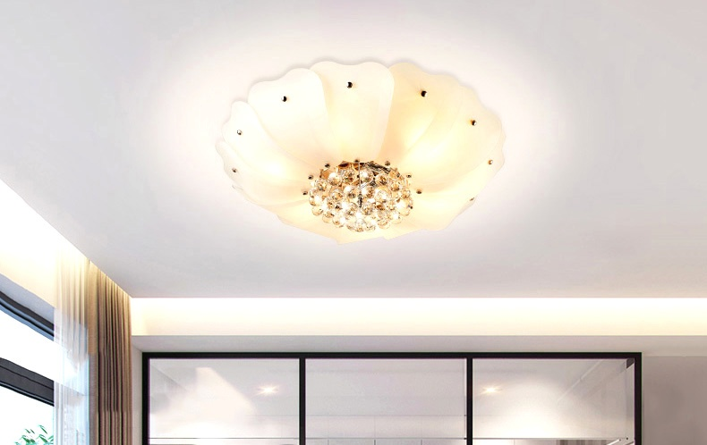 小户型客厅吸顶灯