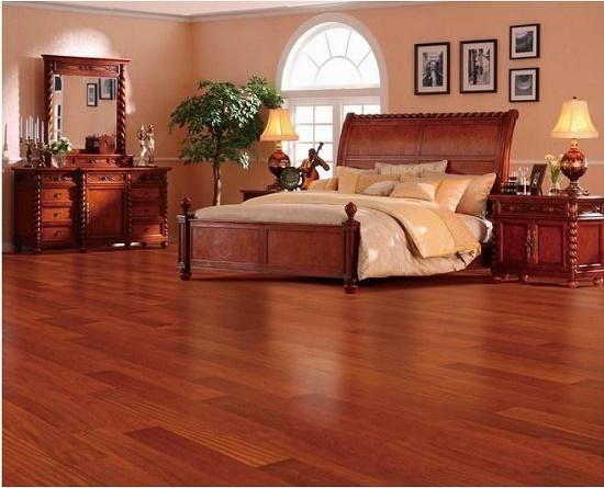 预防木地板开裂方法