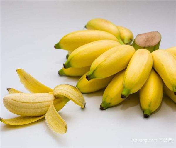 大香焦色5月_从外观上看,香蕉棱少,形体长圆,果柄短,未成熟时为青绿色,成熟后转为